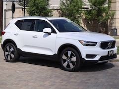 New 2020 Volvo XC40 T5 Momentum SUV YV4162UK8L2193594 in Houston, TX