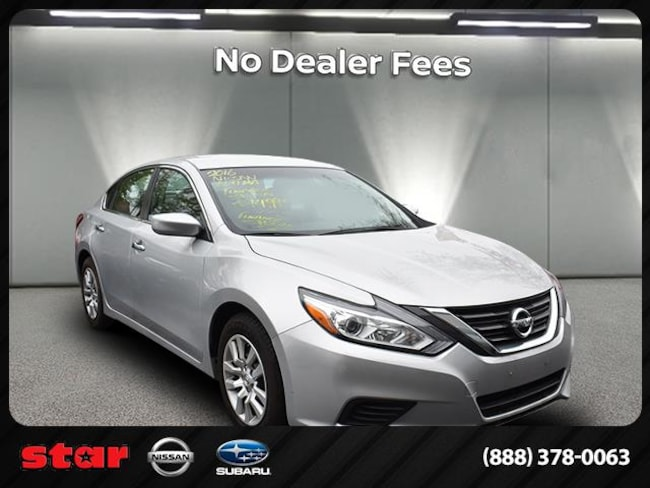 2016 Nissan Altima S w/Leather Package Sedan near Queens, NY