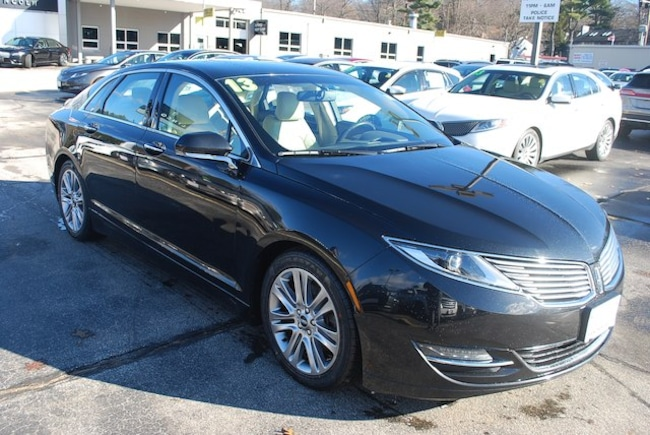 2013 Lincoln MKZ Reserve FWD Sedan
