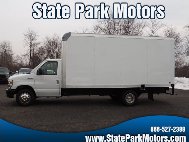 Used 2018 Ford E-350 Cutaway E-350 SD Truck in Wintersville, OH