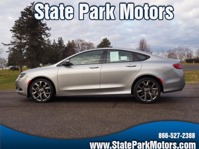 Used 2015 Chrysler 200 AWD S Sedan in Wintersville, OH