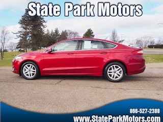 Used cars, trucks, and SUVs 2016 Ford Fusion SE Sedan 117392 for sale near you in Wintersville, OH