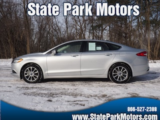 Used cars, trucks, and SUVs 2017 Ford Fusion SE Sedan 403645 for sale near you in Wintersville, OH
