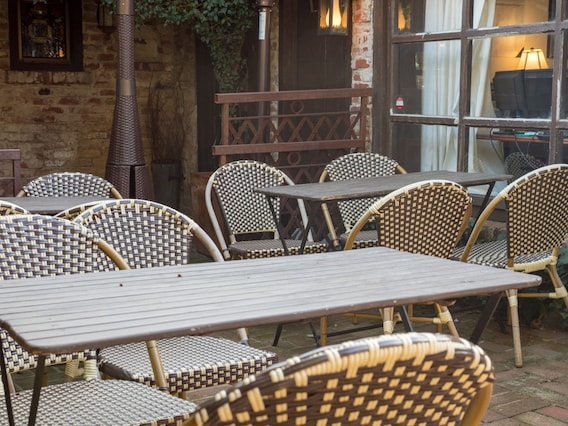 Best Outdoor Dining St Louis Mo, Outdoor Furniture St Louis Mo