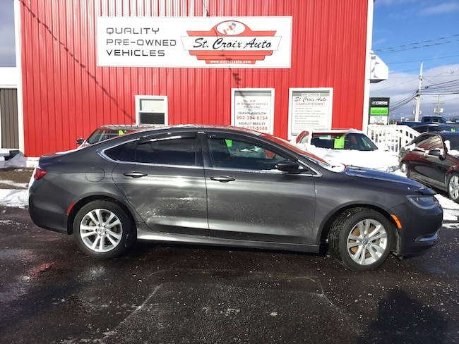2015 Chrysler 200 Limited! LIKE NEW! ALLOYS! Sedan