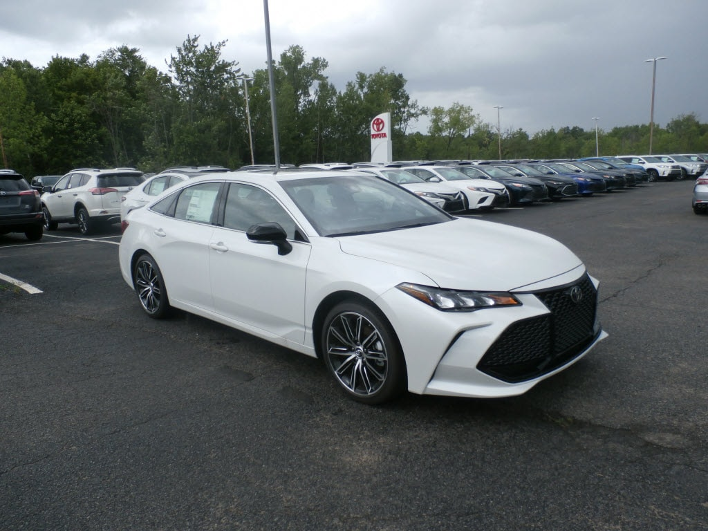 Featured New 2019 Toyota Avalon XSE Sedan 19000 for sale near you in Johnstown, NY