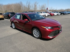 Buy a 2019 Toyota Camry in Johnstown, NY
