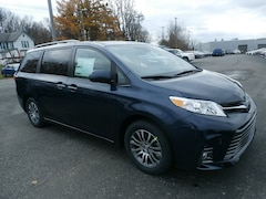 Buy a 2019 Toyota Sienna in Johnstown, NY