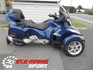 2010 CAN-AM Spyder RT Audio & Convenience