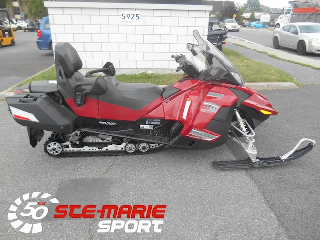 2010 SKI-DOO Grand Touring SE