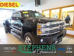 2015 Chevrolet Silverado 3500HD High Country 4x4 4dr Crew Cab LB DRW Pickup Truck