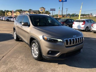 New 2019 Jeep Cherokee LATITUDE FWD Sport Utility For Sale Opelousas, LA