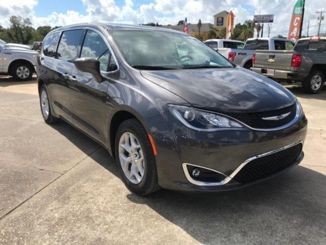 New 2019 Chrysler Pacifica TOURING PLUS Passenger Van For Sale/Lease Opelousas, LA