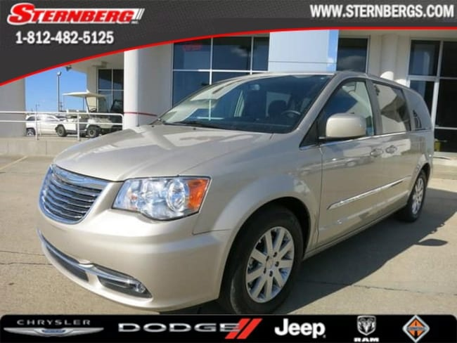 Used 2014 Chrysler Town & Country Touring Wagon 35663