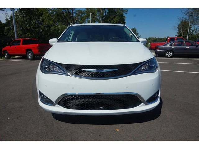 new 2017 chrysler pacifica touring l plus for sale dickson tn. Black Bedroom Furniture Sets. Home Design Ideas