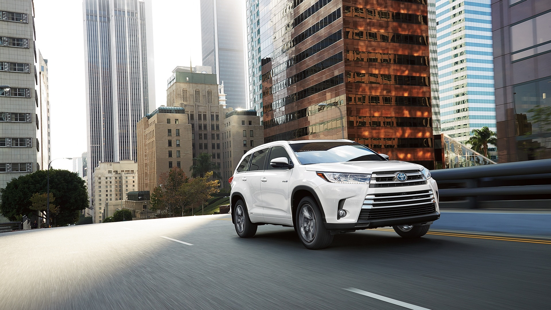 Toyota Highlander Owners Manual: Using a bluetoothphone