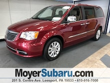 2015 Chrysler Town & Country Limited Platinum Van