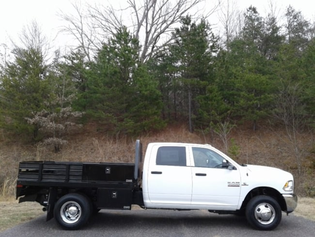 new 2018 ram 3500 tradesman crew cab chassis 4x4 172 4 wb for sale in newton hickory nc. Black Bedroom Furniture Sets. Home Design Ideas