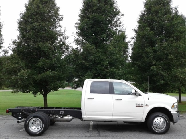 new 2018 ram 3500 laramie crew cab chassis 4x4 172 4 wb for sale in newton hickory nc. Black Bedroom Furniture Sets. Home Design Ideas
