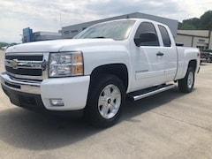 Used 2010 Chevrolet Silverado 1500 2WD Ext Cab 143.5 LT Extended Cab Pickup for sale in Newport, TN