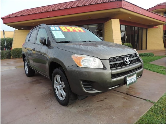2009 Toyota RAV4 Sport Utility 4D FWD  4-cyl 4-Spd AT