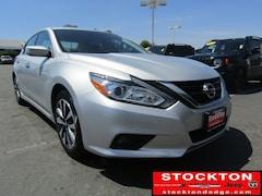 Used 2017 Nissan Altima 2.5 SV *Previous Daily Rental Sedan Stockton, CA