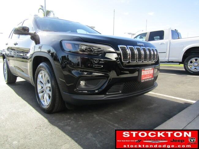 New 2019 Jeep Cherokee LATITUDE FWD Sport Utility for Sale in Stockton, CA