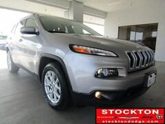 2018 Jeep Cherokee Latitude *Previous Daily Rental SUV