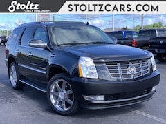 2013 CADILLAC ESCALADE Luxury AWD SUV
