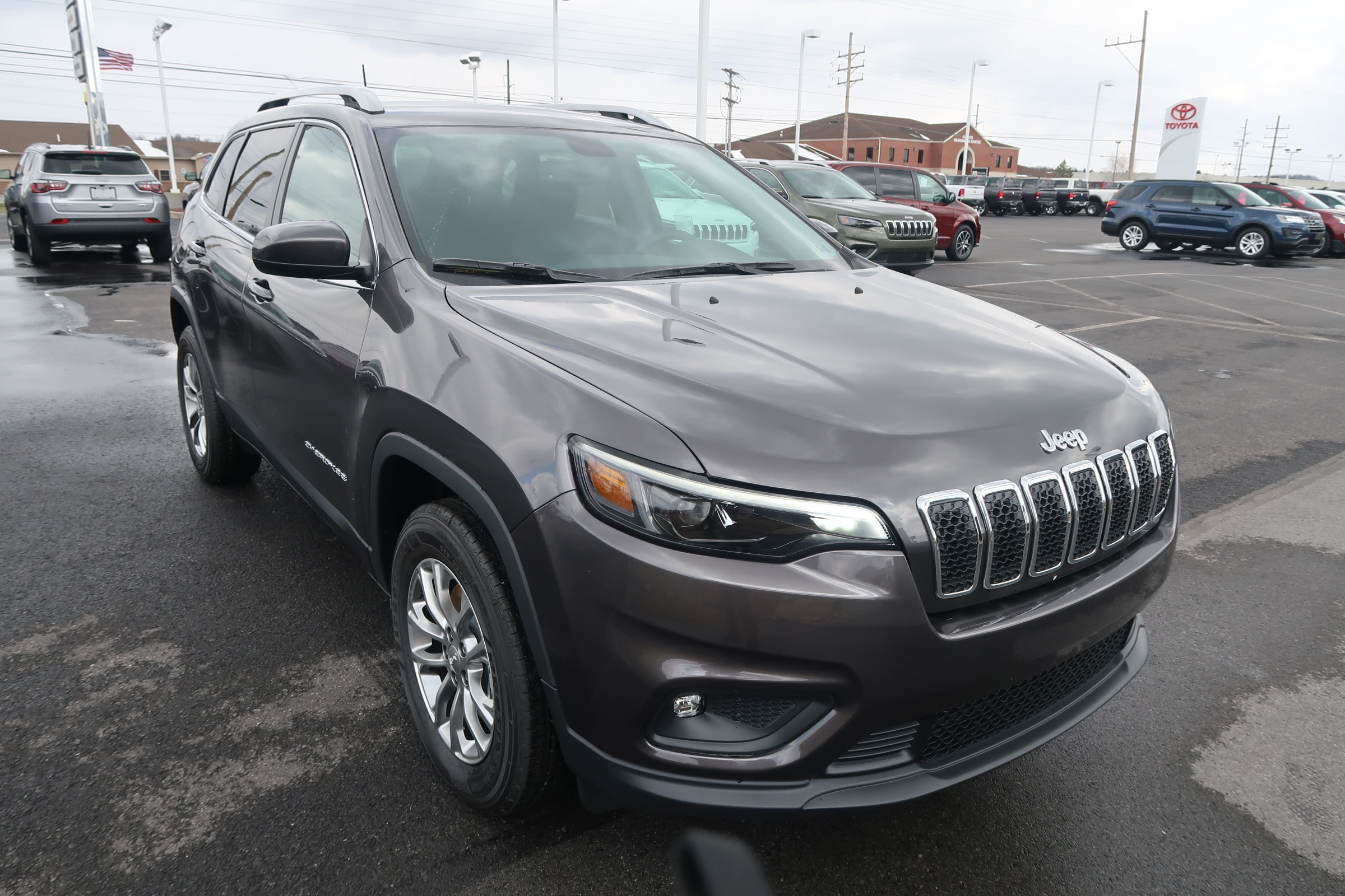 first drive vehicles car v reviews driver test jeep s cherokee review photo original trailhawk and