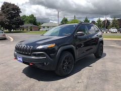 2016 Jeep Cherokee Trailhawk  4X4 CALL PICTON 62K SUV