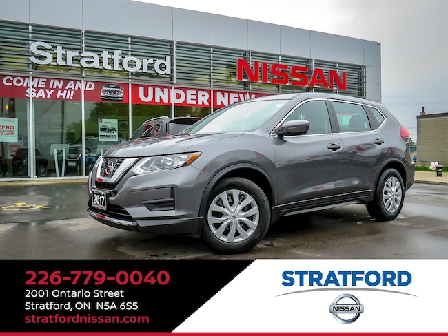 2017 Nissan Rogue S FWD BT Backup cam Heated Seat SUV