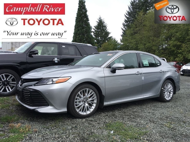 2018 Toyota Camry XLE /w Heated leather seats, heads up display, 301 Sedan