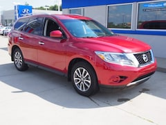 Used 2015 Nissan Pathfinder S SUV for sale in Triadelphia, WV near Washington PA