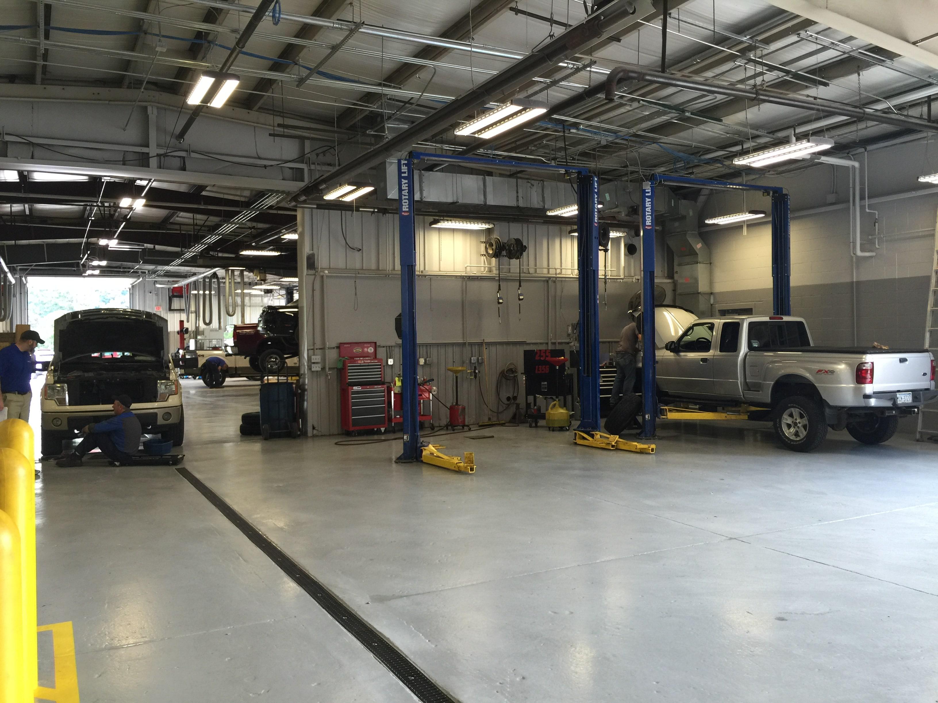 walkaround crane w ford body watch youtube f knapheide service
