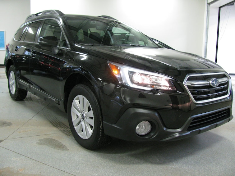 Used 2018 Subaru Outback 2.5i Premium AWD 2.5i Premium  Wagon in Bay Shore MI
