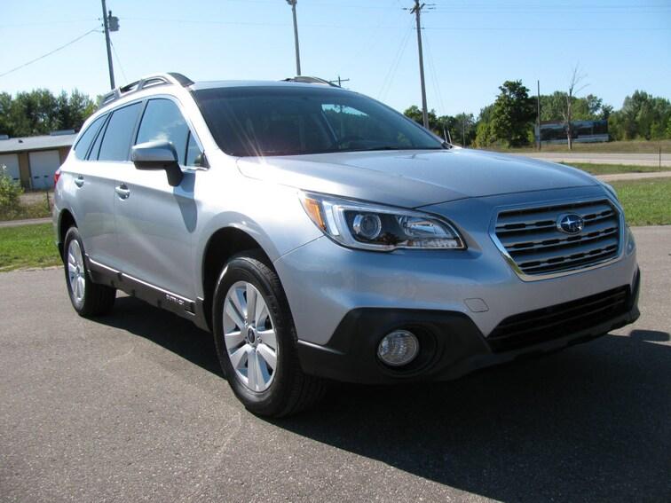 Used 2016 Subaru Outback 2.5i Premium AWD 2.5i Premium  Wagon in Bay Shore MI