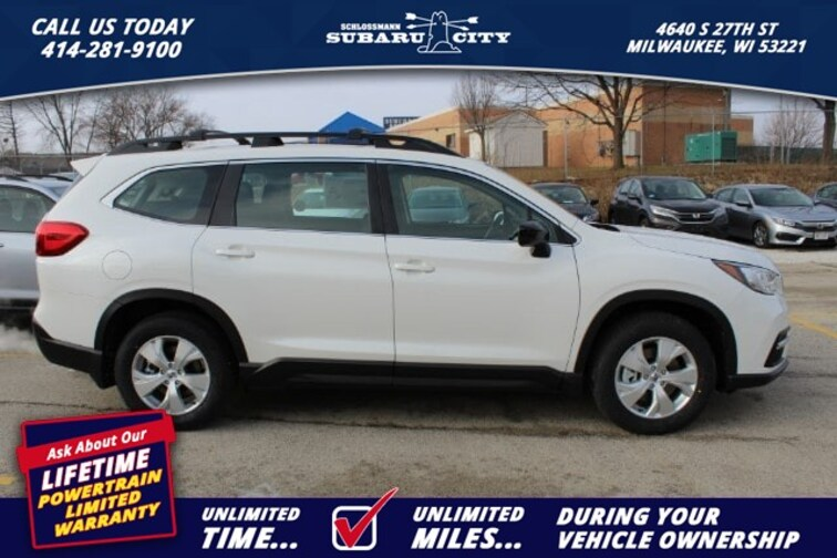 new 2019 Subaru Ascent Standard 8-Passenger SUV in Milwaukee WI