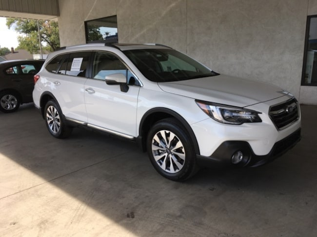 New 2018 Subaru Outback 2.5i Touring with Starlink SUV Chico