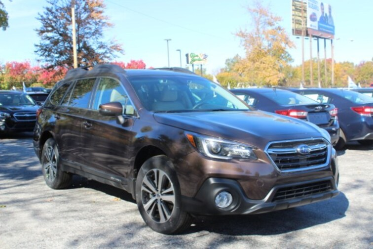 New 2019 Subaru Outback 2.5i Limited SUV in Columbia, MO