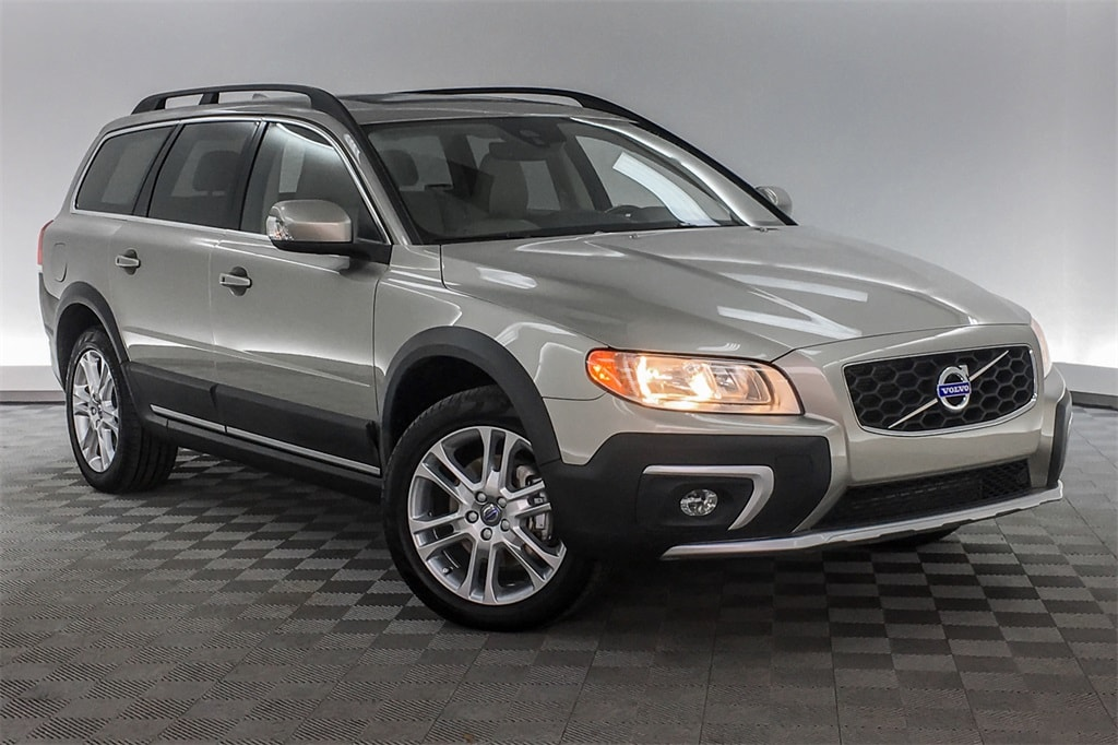 Used 2016 Volvo XC70 in Hardeeville SC | Used Cars For Sale | VIN:  YV440MBK1G1243776