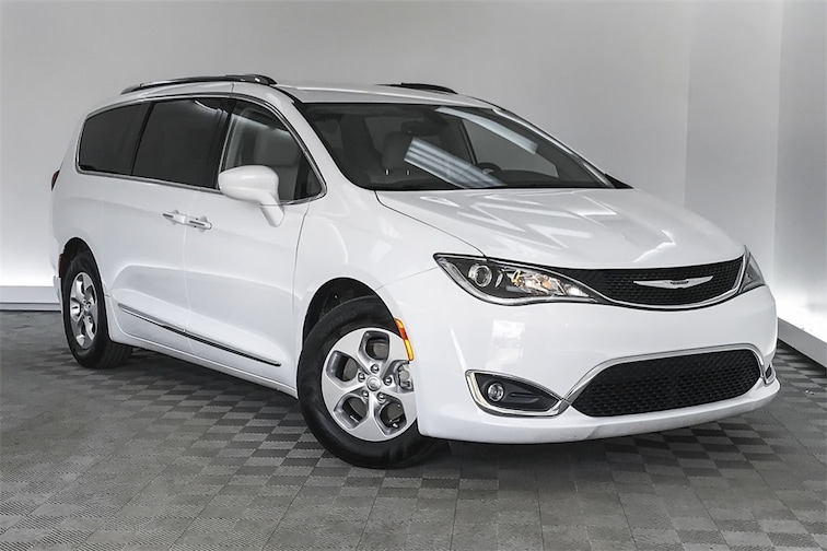 Used 2017 Chrysler Pacifica Touring L Plus Minivan/Van Hardeeville