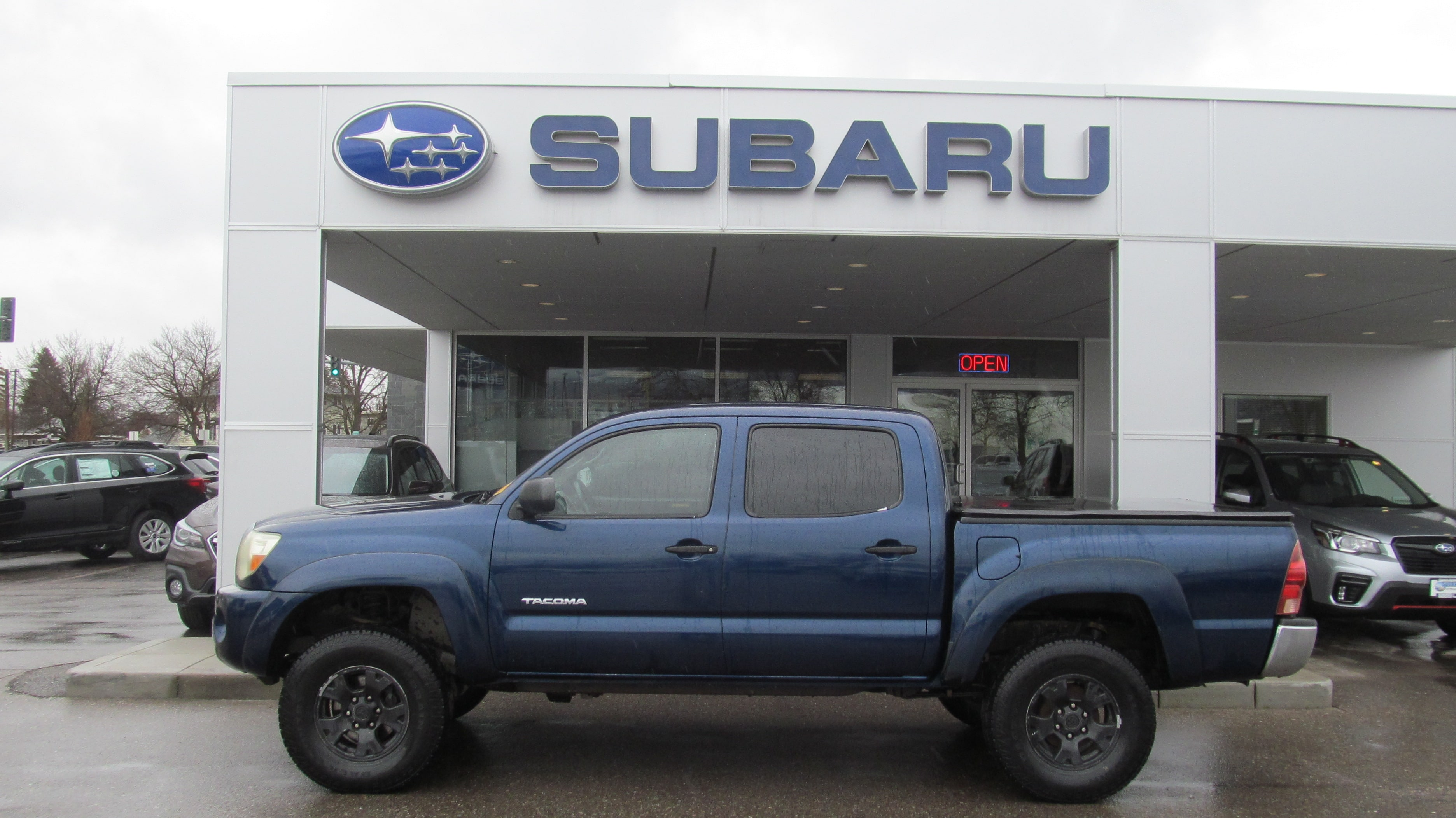 2006 Toyota Tacoma DBL CAB 4WD AT Truck Double-Cab