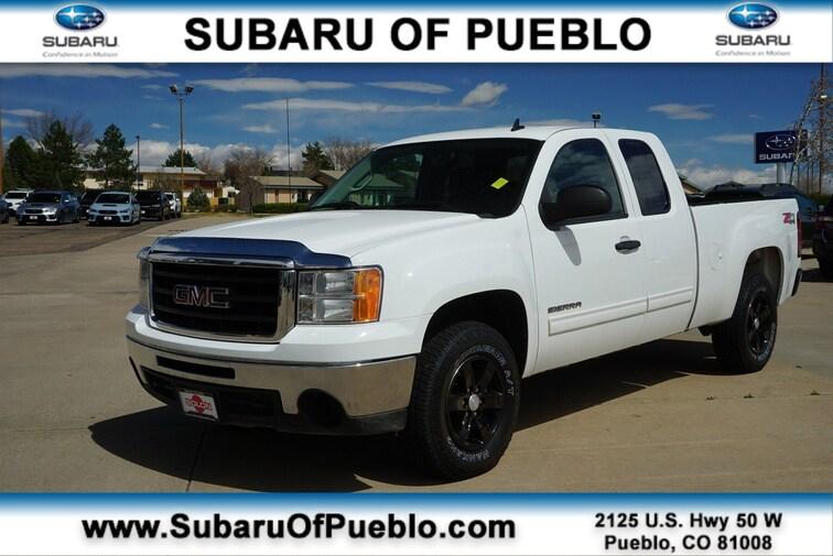 Used 2011 GMC Sierra 1500 SLE 4WD Ext Cab 143.5 SLE in Pueblo, CO