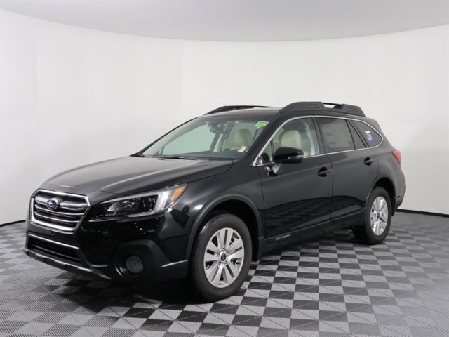 2019 Subaru Outback 2.5i Premium SUV 4S4BSAHCXK3218614