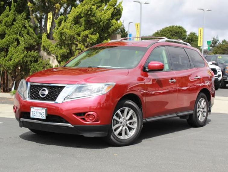 Used 2013 Nissan Pathfinder 4WD  SV SUV for sale in the Bay Area