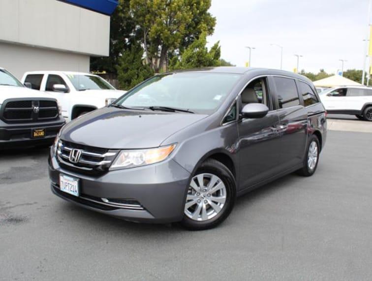 Used 2016 Honda Odyssey SE Van for sale in the Bay Area