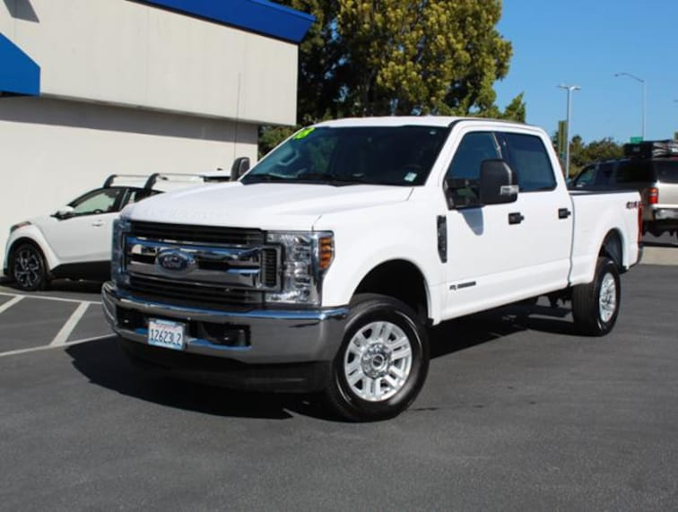 Used 2018 Ford Super Duty F-250 SRW XLT 4WD Crew Cab 6.75 Box Truck for sale in the Bay Area