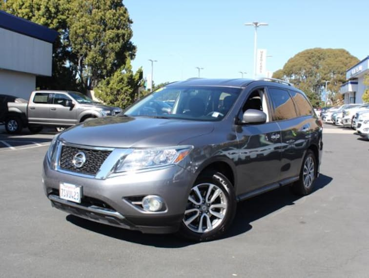Used 2016 Nissan Pathfinder 2WD  SV SUV for sale in the Bay Area