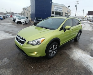 2014 Subaru XV Crosstrek Hybrid AWD with Sunroof & Heated Seats